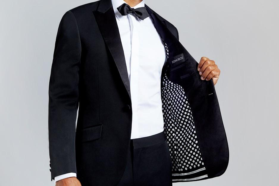 suit_tux_black_pola_dot